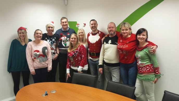 Team-xmas-Jumper-Vindex