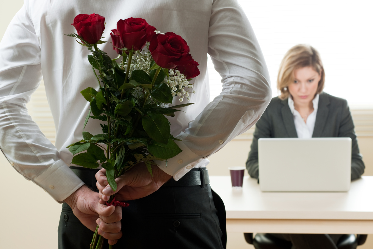 10 Reasons You Should Ignore The Sparks (Of An Office Crush).