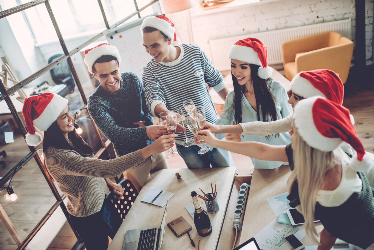 Christmas gift ideas for work team outing