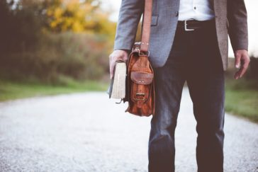 5 Good Hobbies to Include On Your CV and 3 Hobbies Not To